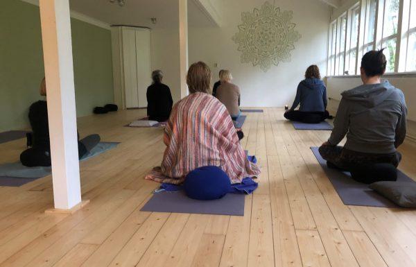 yoga zitten